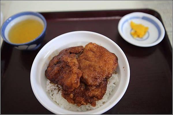豬排飯 (4).jpg