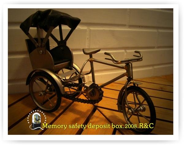 鐵製三輪車模型.jpg