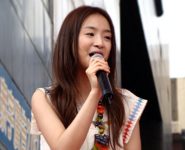 林依晨甜蜜花園預購簽唱會17.JPG