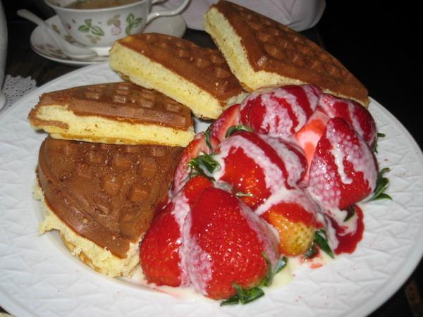 米朗琪草莓鬆餅