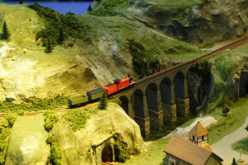 多多島的鐵道