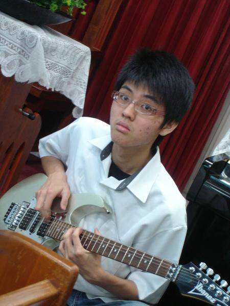 吉他手傑明