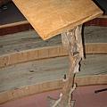 用木頭做的講台
