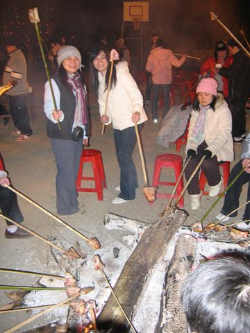 竹串烤肉姊妹花