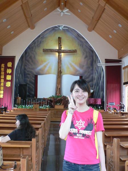 很大的十字架
