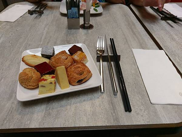 台北喜來登大飯店十二廚餐廳吃到飽下午茶