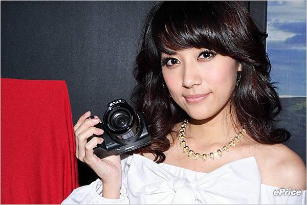 Sony DSC-HX1_2.jpg