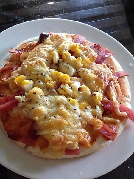 火腿玉米比薩2