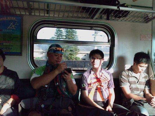 然後再坐火車回家.jpg