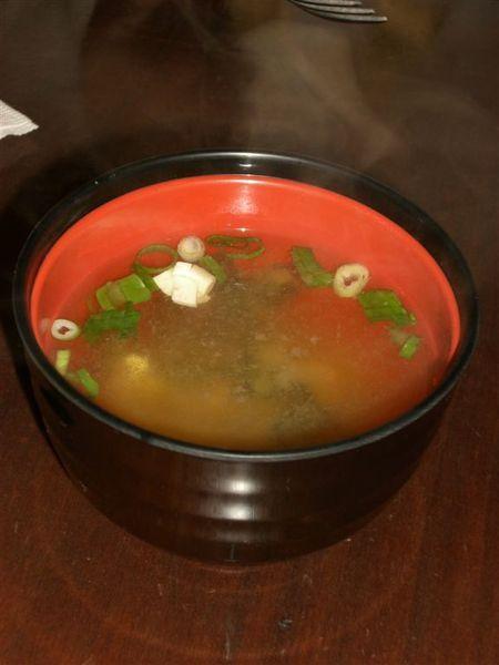 大塊頭的起司豬排定食所附的味增湯