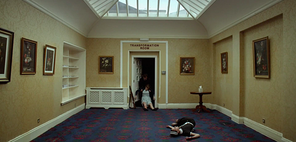 the-lobster-movie-trailer-images-stills-transformation-room-1078x516.png