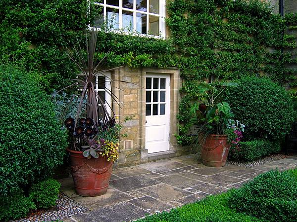 Bourton_House_Garden_01.jpg