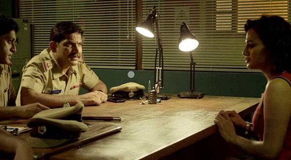 u-turn-indian-film-2016-4.jpg