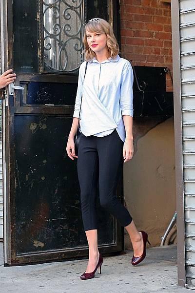 Taylor Swift24
