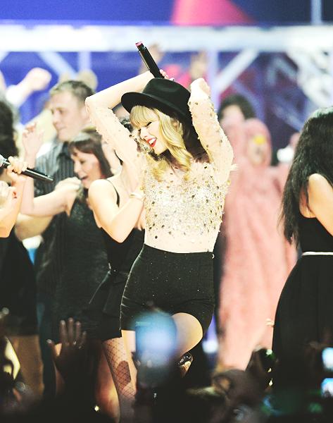 Taylor Swift26