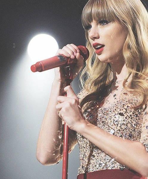 Taylor Swift30