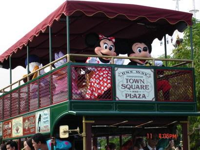 迪士尼的遊園車