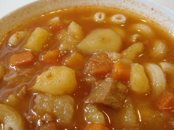 鮮茄牛腩湯近拍