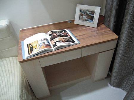 台中室內設計-系統櫃-系統櫃設計-書櫃-朵瓦櫥櫃 (3).jpg
