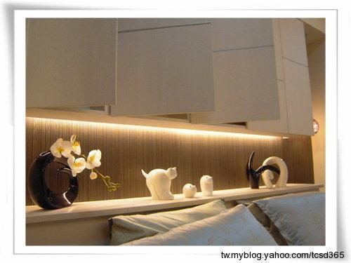 台中室內設計系統櫃設計系統家具床頭收納櫃設計 (2).jpg
