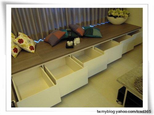 台中室內設計系統櫃設計系統家具臥踏櫃設計 (1).jpg