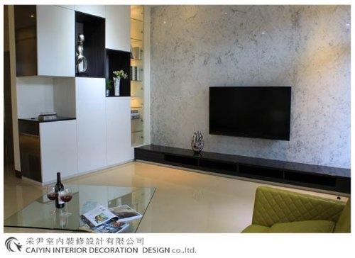 鋁框門設計 居家裝潢 室內設計 系統櫥櫃  大理石電視牆設計 (1).jpg