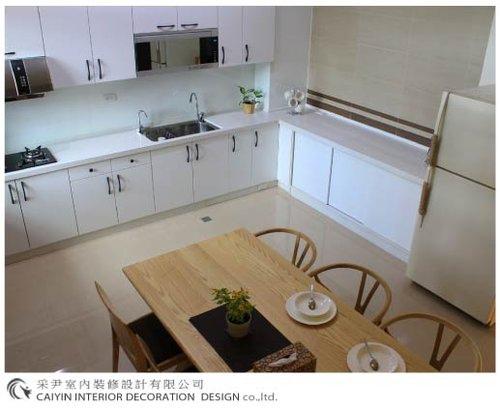 鋁框門設計 居家裝潢 室內設計 系統櫥櫃  大理石電視牆設計 (6).jpg