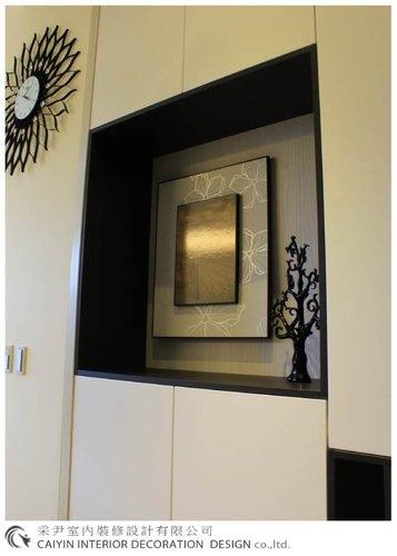 鋁框門設計 居家裝潢 室內設計 系統櫥櫃  大理石電視牆設計 (5).jpg