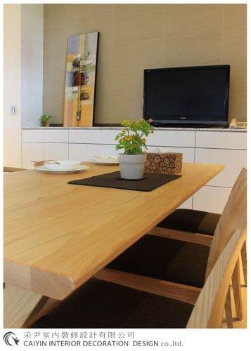 鋁框門設計 居家裝潢 室內設計 系統櫥櫃  大理石電視牆設計 (8).jpg