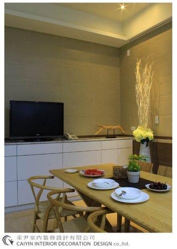 鋁框門設計 居家裝潢 室內設計 系統櫥櫃  大理石電視牆設計 (7).jpg