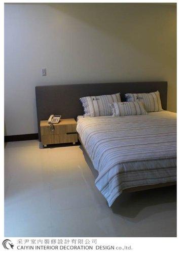 鋁框門設計 居家裝潢 室內設計 系統櫥櫃 大理石電視牆設計 (13).jpg
