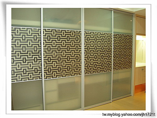 台中室內設計 衣櫃設計 更衣室設設計 鋁框推拉門設計 衣櫃設計 臥室設計 (14).jpg