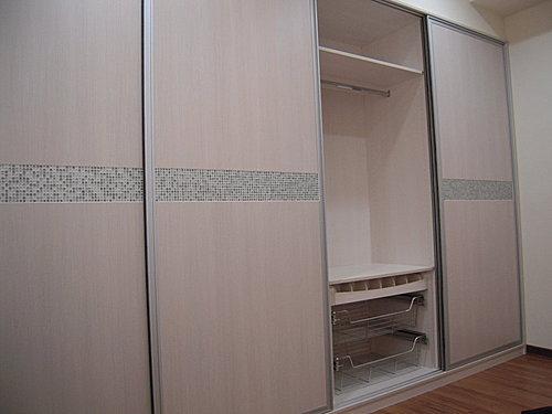 台中室內設計 衣櫃設計 更衣室設設計 鋁框推拉門設計 衣櫃設計 臥室設計  (16).jpg