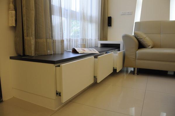 台中系統櫃 室內設計 臥榻櫃 書櫃設計 電視櫃設計