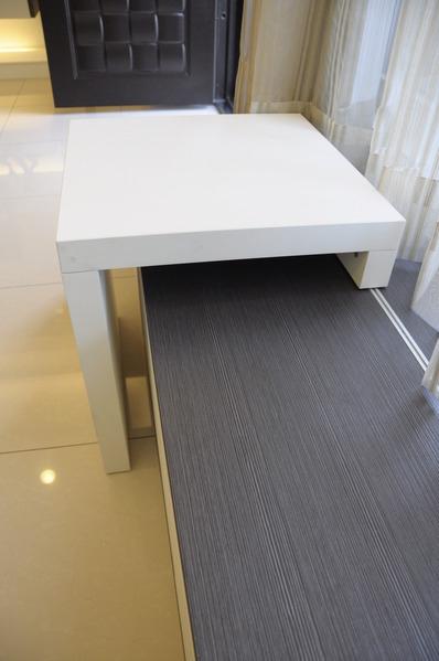 台中系統櫃 臥榻櫃 書櫃設計 櫥櫃五金 衣櫃拉籃 (2).jpg