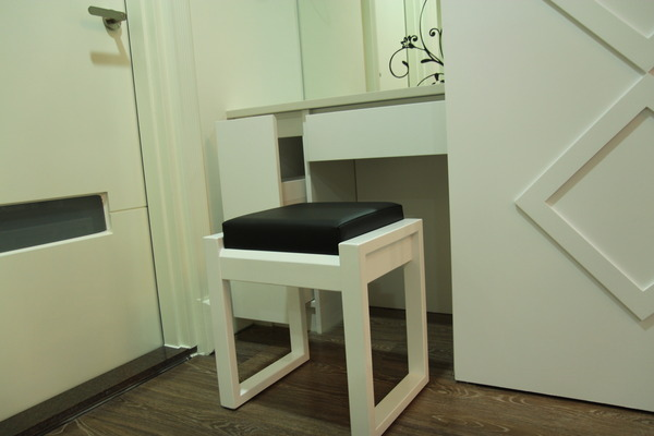 台中系統櫃 臥榻櫃 書櫃設計 櫥櫃五金 衣櫃拉籃 (17).jpg