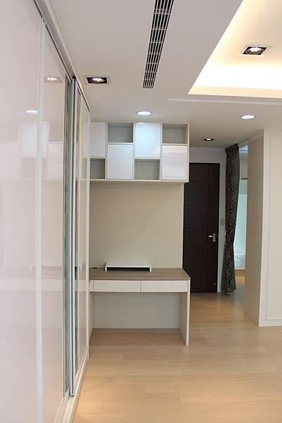台中系統櫃 風水裝潢 客廳設計 電視櫃造型