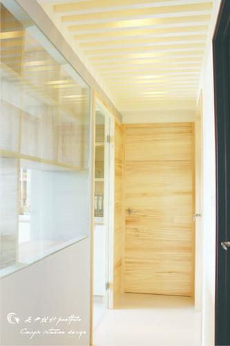 情定水蓮 住宅設計 居家裝潢 系統櫃 壁貼設計 玄關設計 (4)