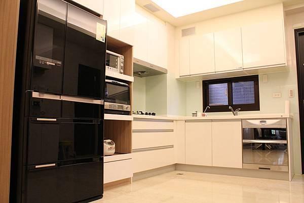 DUWA朵瓦櫥櫃 台中室內設計 居客廳設計 住宅設計 居家裝潢 (1).JPG