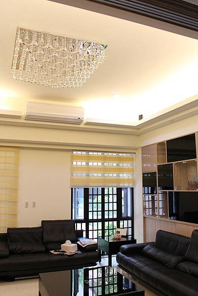 天花板裝潢DUWA朵瓦櫥櫃 台中室內設計 居客廳設計 住宅設計 居家裝潢 (35).JPG