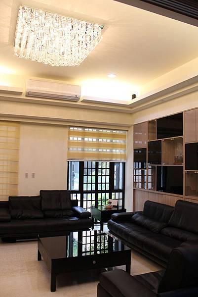 天花板裝潢DUWA朵瓦櫥櫃 台中室內設計 居客廳設計 住宅設計 居家裝潢 (36).JPG
