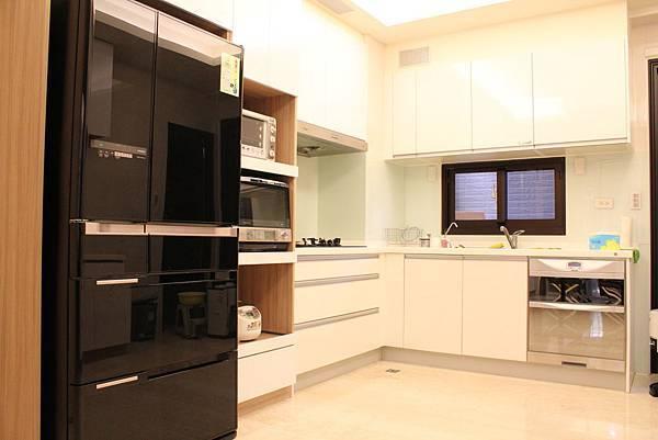 廚具設計 DUWA朵瓦櫥櫃 台中室內設計 居客廳設計 住宅設計 居家裝潢 (12).JPG