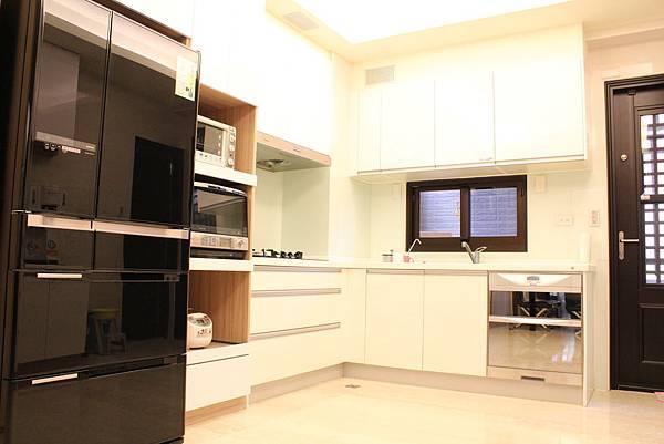 廚具設計 DUWA朵瓦櫥櫃 台中室內設計 居客廳設計 住宅設計 居家裝潢 (13).JPG