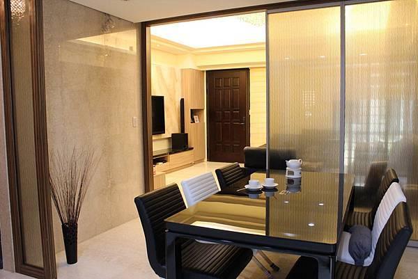 鋁框門設計DUWA朵瓦櫥櫃 台中室內設計 居客廳設計 住宅設計 居家裝潢 (8).JPG