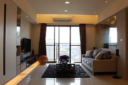 台中室內設計 居家裝潢 室內設計 玄關設計 系統櫃 客廳設計 (1).JPG