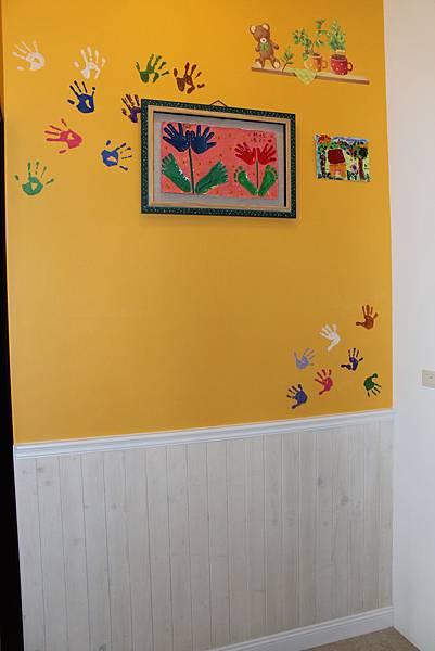 油漆跳色 廚櫃設計 系統櫃 台中裝潢 (1).JPG