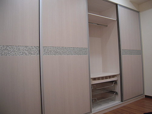 衣櫃設計 系統櫃設計 居家裝潢 訂製家具  推拉門設計 鋁框門設計 (11).jpg