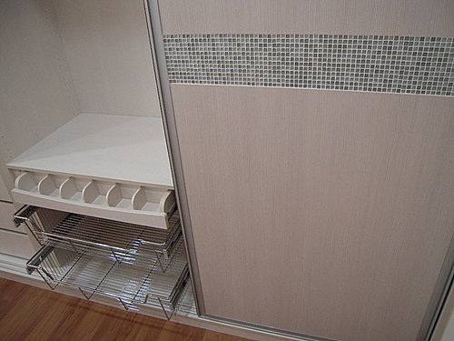 衣櫃設計 系統櫃設計 居家裝潢 訂製家具  推拉門設計 鋁框門設計 (3).jpg