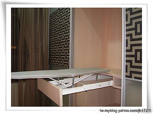 衣櫃設計 系統櫃設計 居家裝潢 訂製家具  推拉門設計 鋁框門設計 (9).jpg