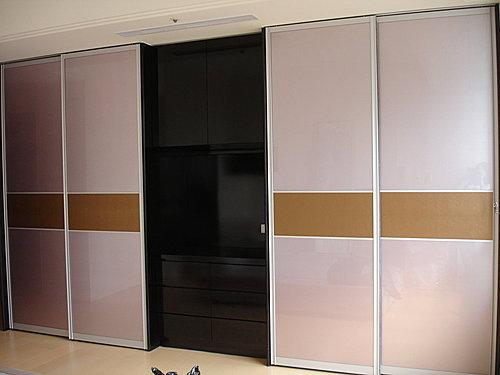 衣櫃設計 系統櫃設計 居家裝潢 訂製家具  推拉門設計 鋁框門設計 (13).jpg